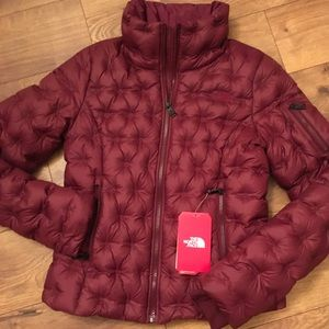 NWT THE NORTH FACE DOWN JACKET